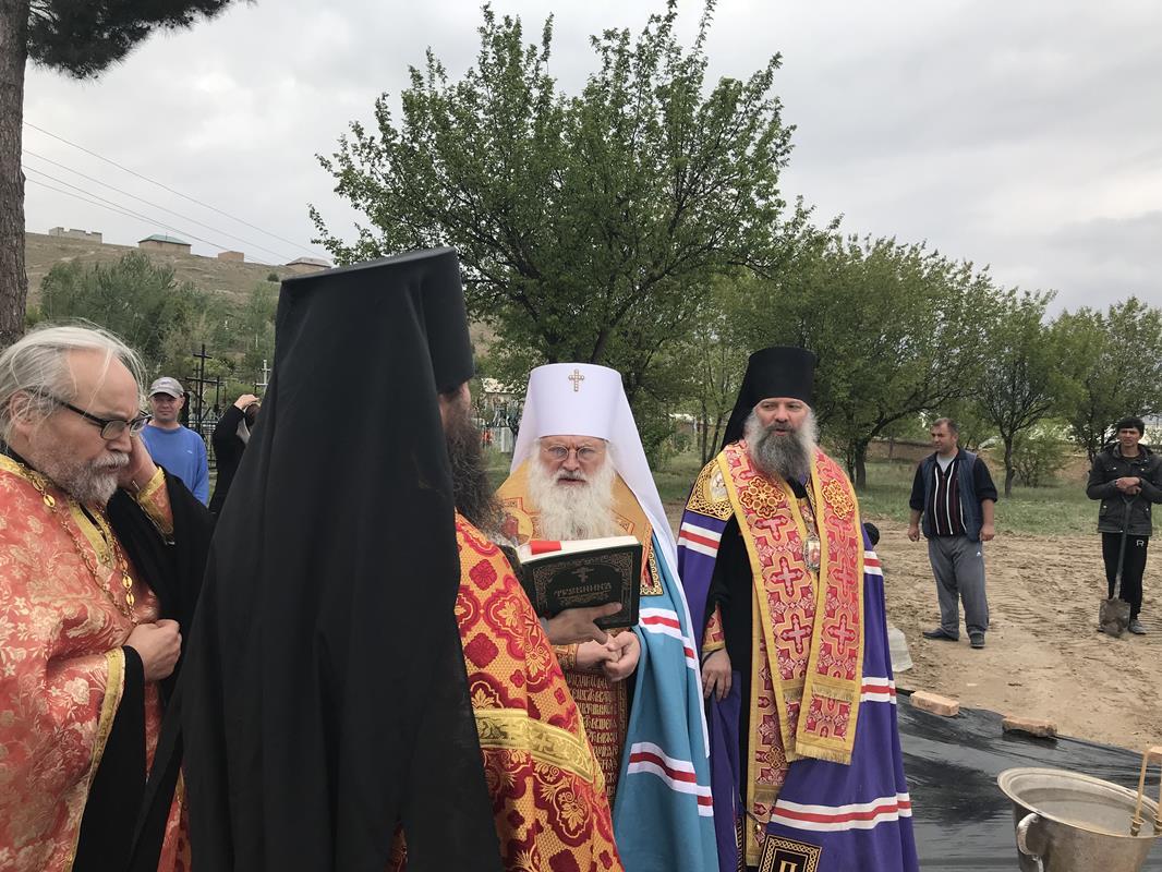 Закладка храма-часовни свт. Луки, архиепископа Симферопольского в г. Пенджикент