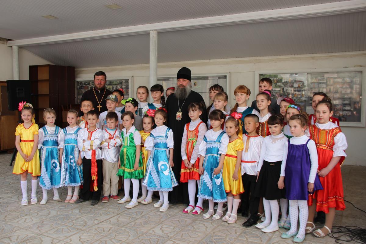 Праздничный концерт, посвященный дню Жен мироносиц