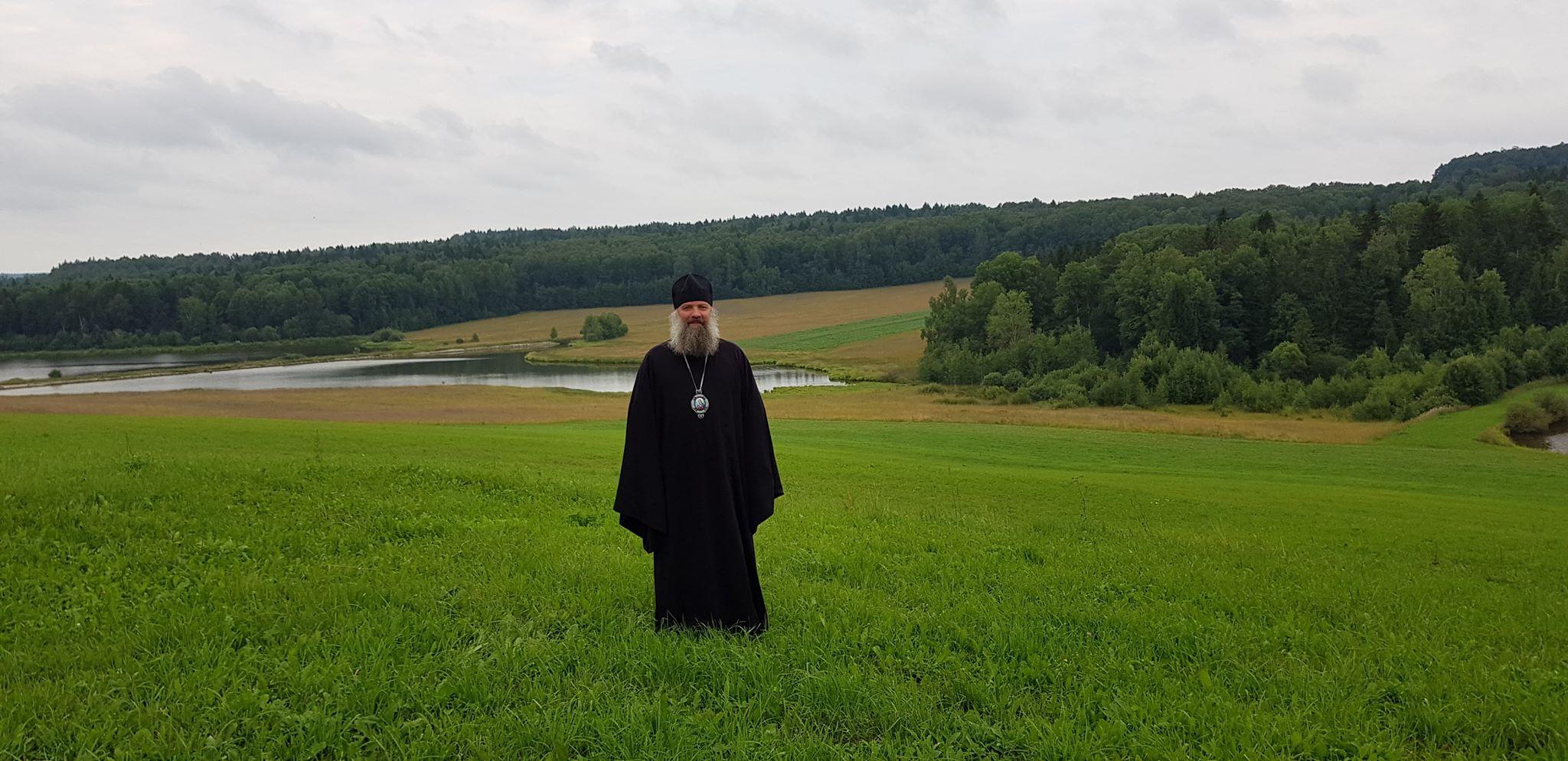 Епископ Питирим совершил Божественную литургию на подворье Хотьковского монастыря