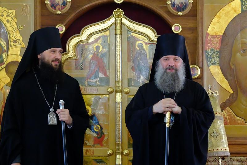 Епископ Питирим возглавил Божественную литургию во Владимирском кафедральном соборе Переславля-Залесского