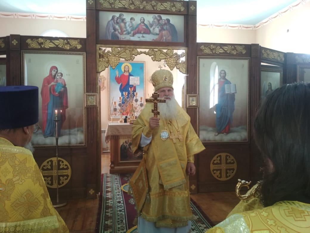 Митрополит Викентий совершил богослужение в храме св.равноап. Марии Магдалины в Худжанде