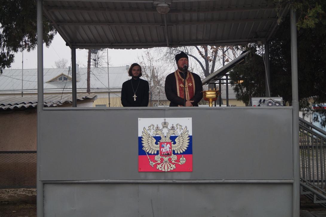 Священнослужители Душанбинской епархии посетили военную часть 201-й РВБ в г. Бохтар
