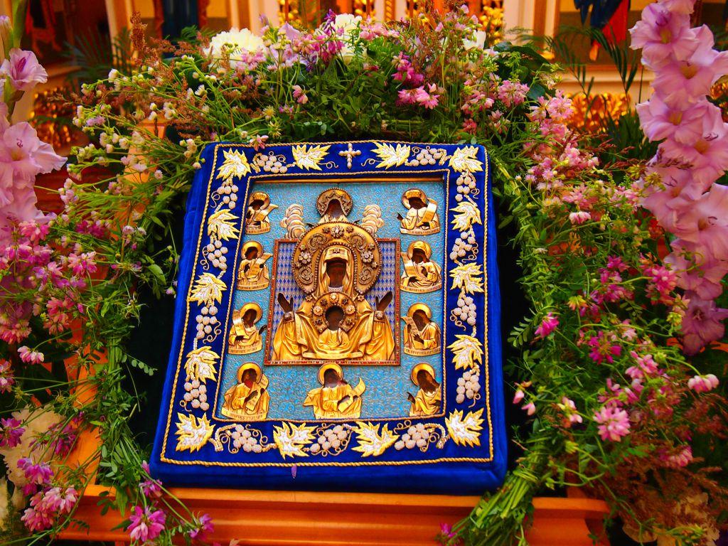 В Душанбе будет доставлена чудотворная Курская Коренная икона Божией Матери «Знамение»