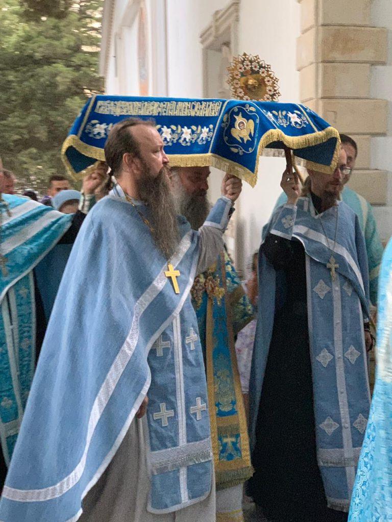 для епископ душанбинский фото как они