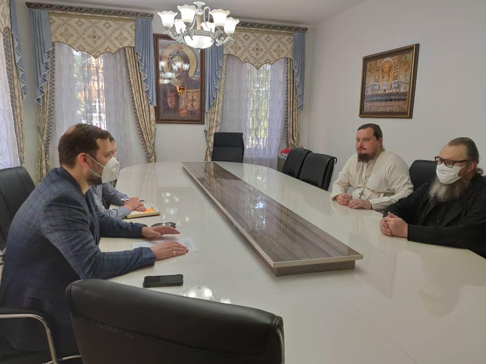 Душанбинскую епархию посетил руководитель представительства Россотрудничества в Республики Таджикистан Иванов И.С.